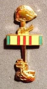 Battlefield Cross Pin/Lapel Pin