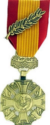 Vietnam Cross of Gallantry w/Palm Full Size Medals