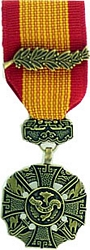 Vietnam Cross of Gallantry w/Palm Mini Medals